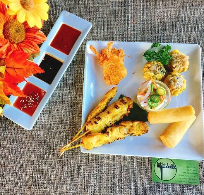 Table-Thai-Bar-Bistro-Asia-Sampler