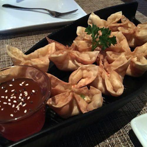 Table-Thai-Bar-Bistro-Crab-Rangoon