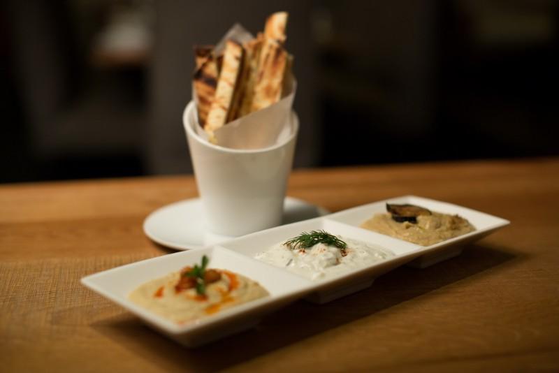 Greek-Sneek-Hummus