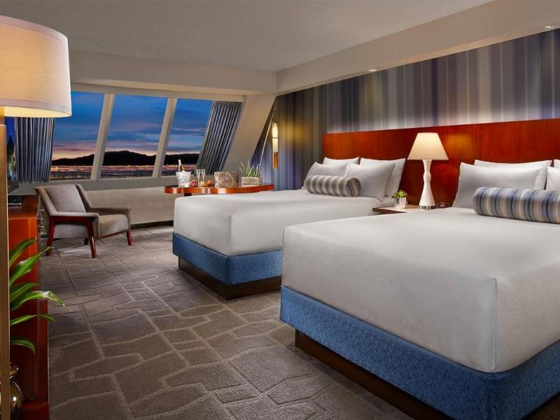 Luxor-Hotel-4