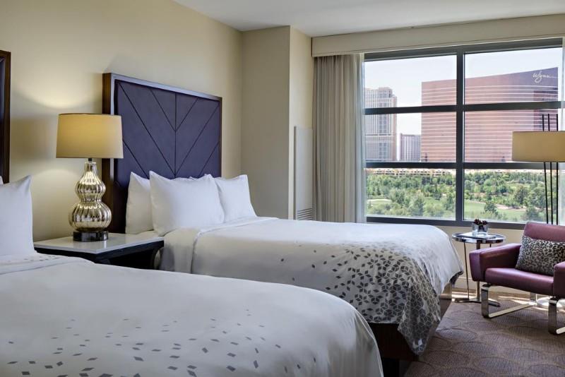 Renaissance-Las-Vegas-Hotel-6