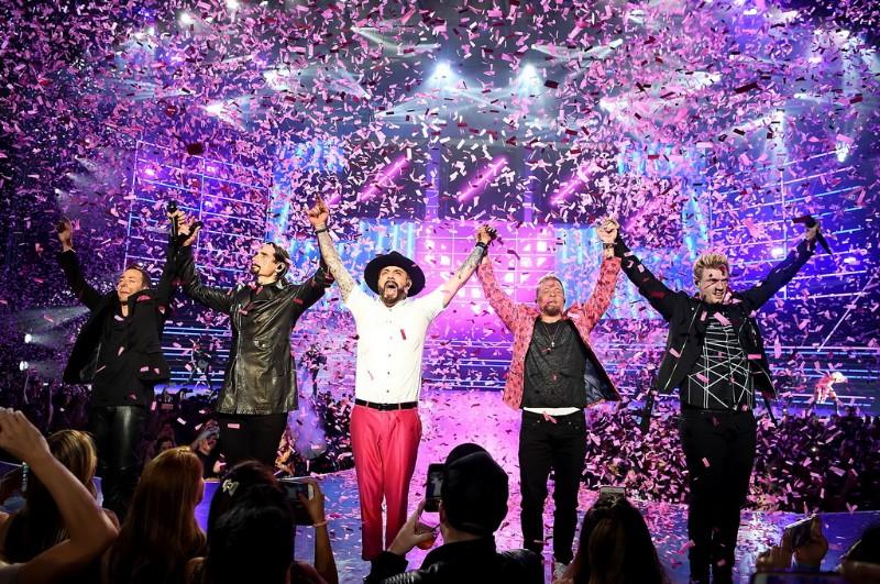 Backstreet-Boys-Larger-Than-Life-at-Planet-Hollywood-04