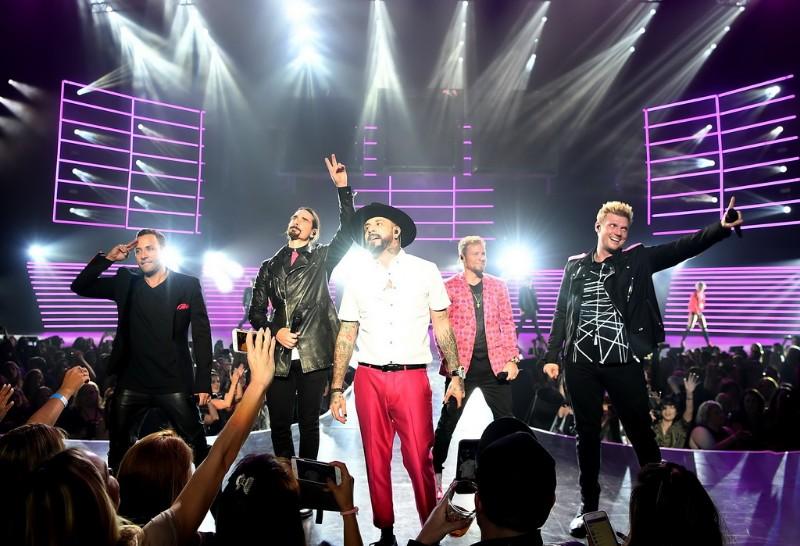 Backstreet-Boys-Larger-Than-Life-at-Planet-Hollywood-05
