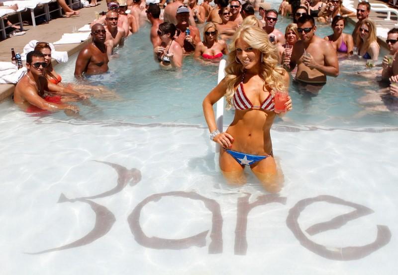Bare-Pool-Lounge-Las-Vegas-Image-5