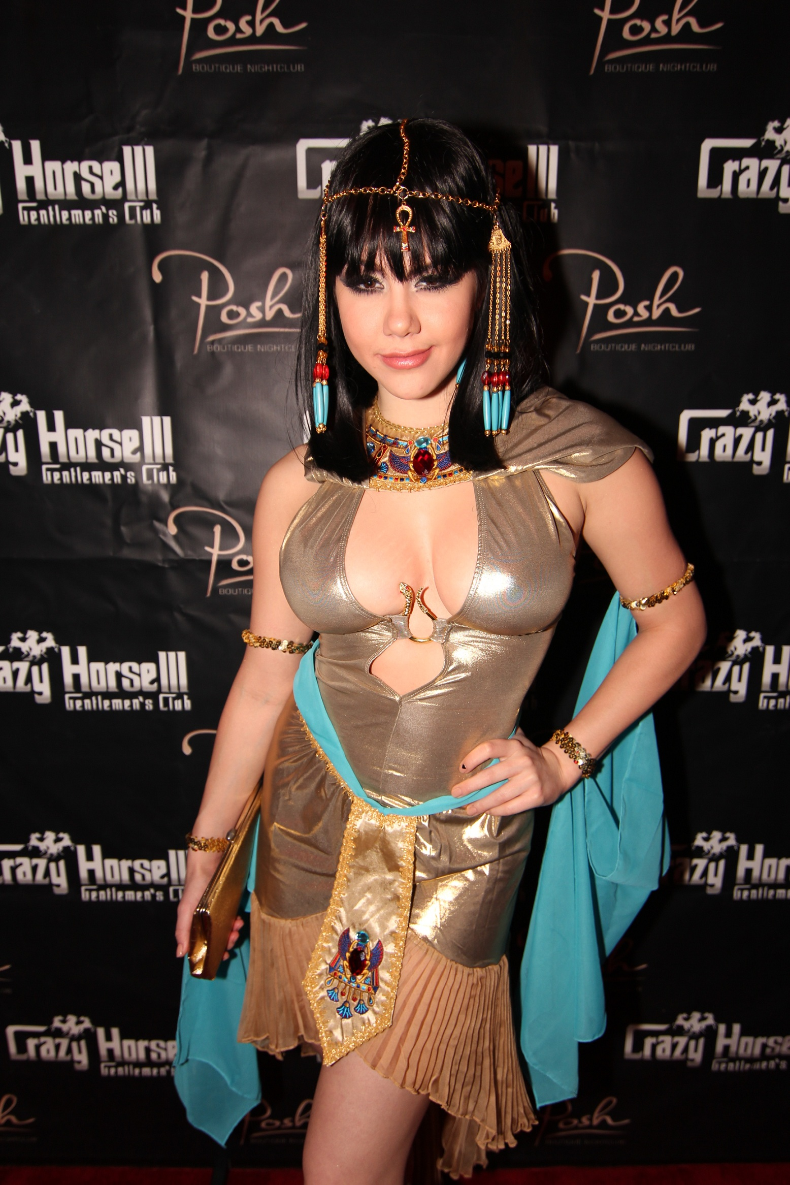 Claire Sinclair at Posh Boutique  Nightclub inside Crazy Horse III