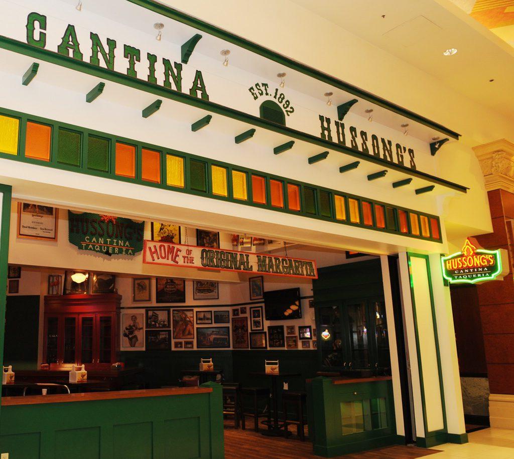 Hussong's at Mandalay Place