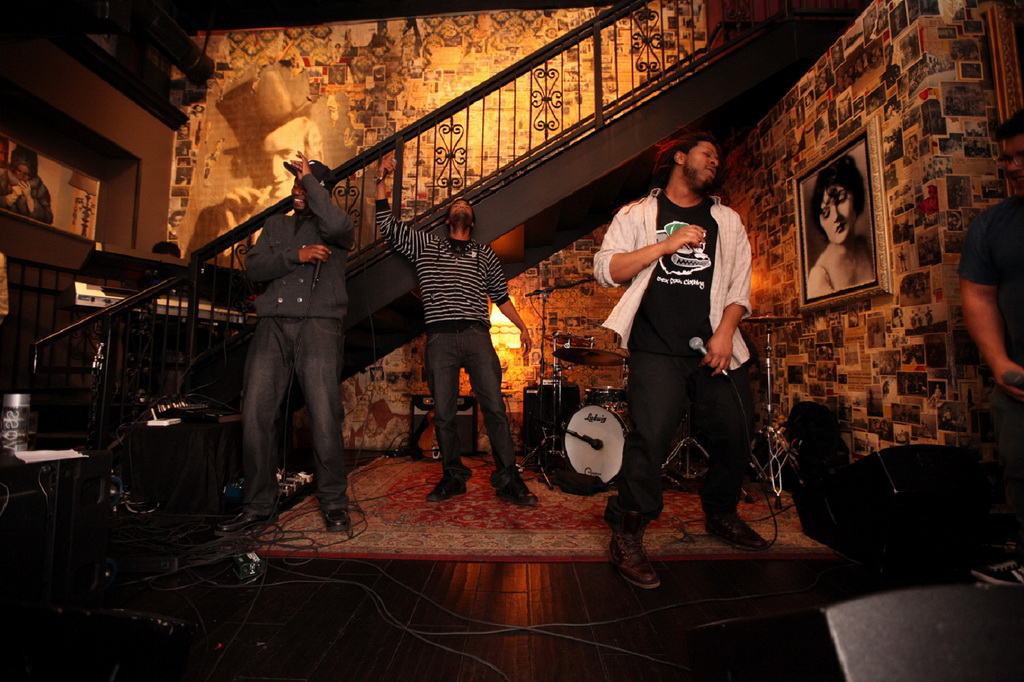 Rhyme N Rhythm Perform During Chandelier Sessions at Commonwealth
