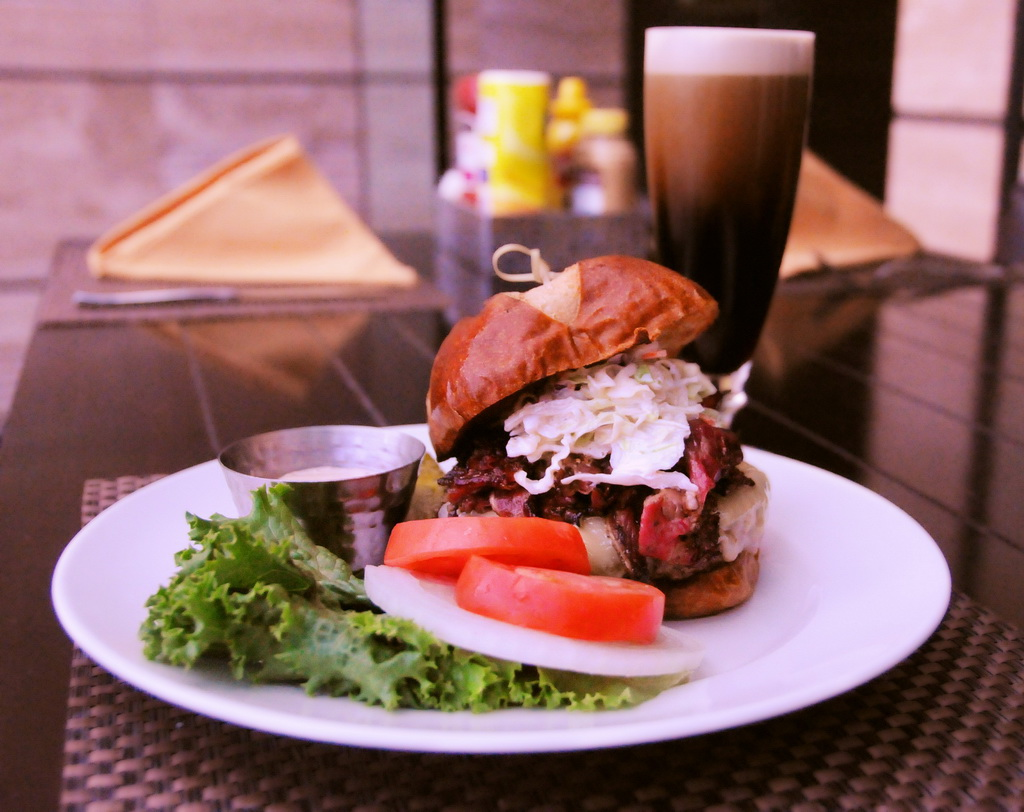 Anthonys Gourmet Burgers & Brews - Porter Burger