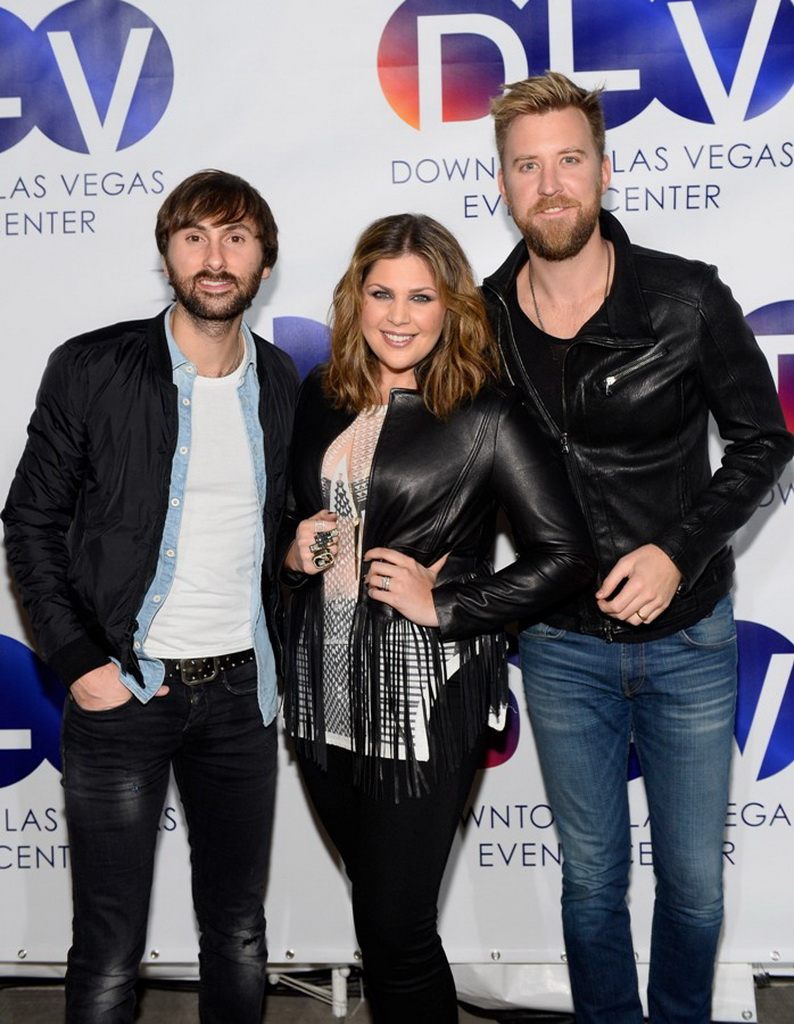 Lady Antebellum poses for photos  before taking the stage at the DLVEC
