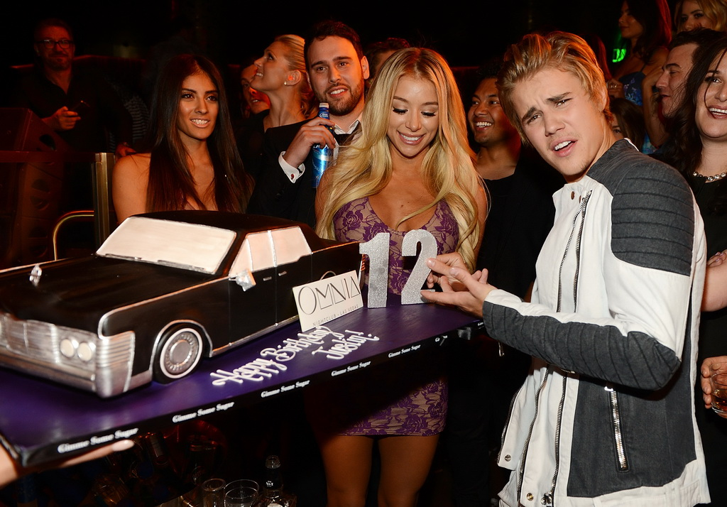Justin Bieber celebrates his 21st birthday at OMNIA Nightclub