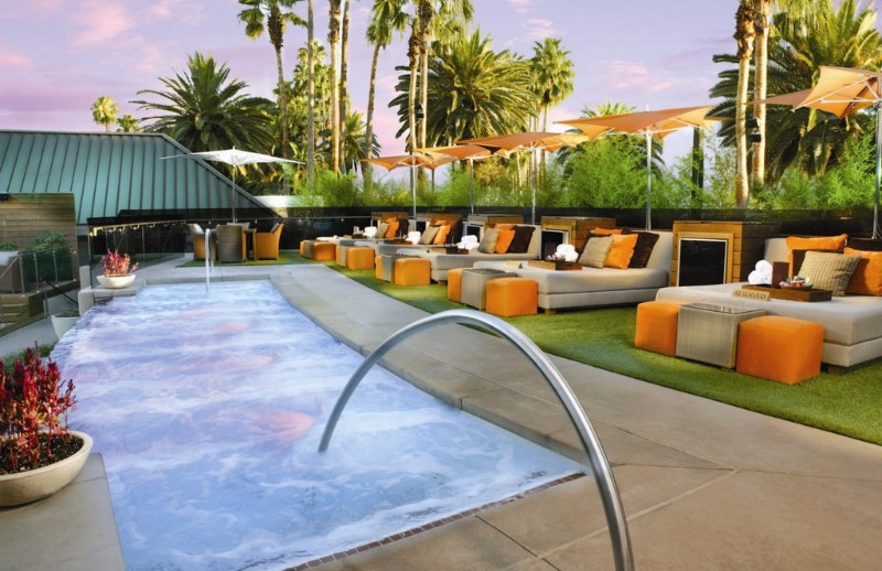 Bare-Pool-Las-Vegas-VIP-Deck