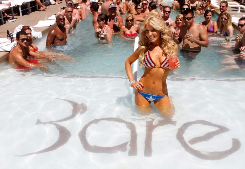 Bare-Pool-Lounge-Las-Vegas-Image-5