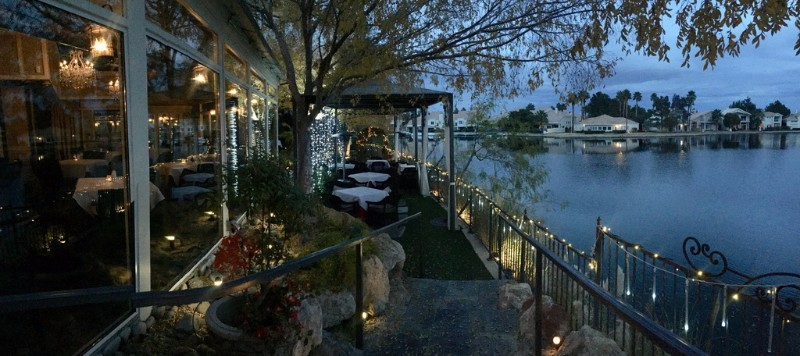 Americana-Las-Vegas-Patio-and-Lake-Night