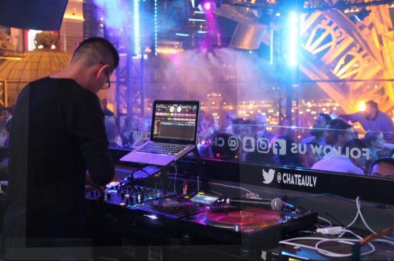 DJ-at-Chateau