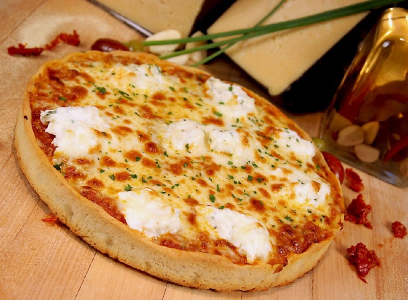 Lasagna-Pizza-at-TREVI