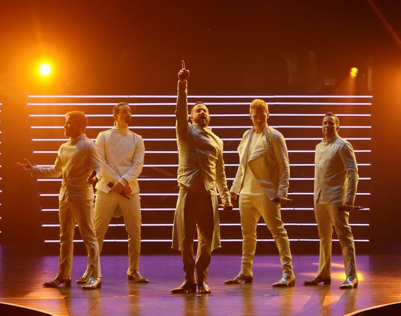 Backstreet-Boys-Larger-Than-Life-at-Planet-Hollywood-01
