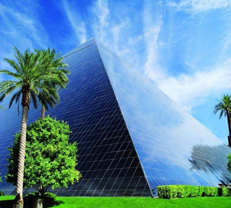 Luxor-Hotel-2