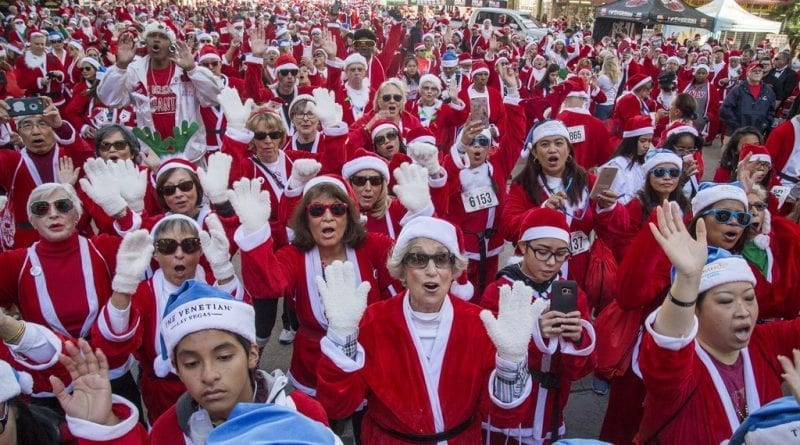 Thousands of participants join 2017 Las Vegas Great Santa Run