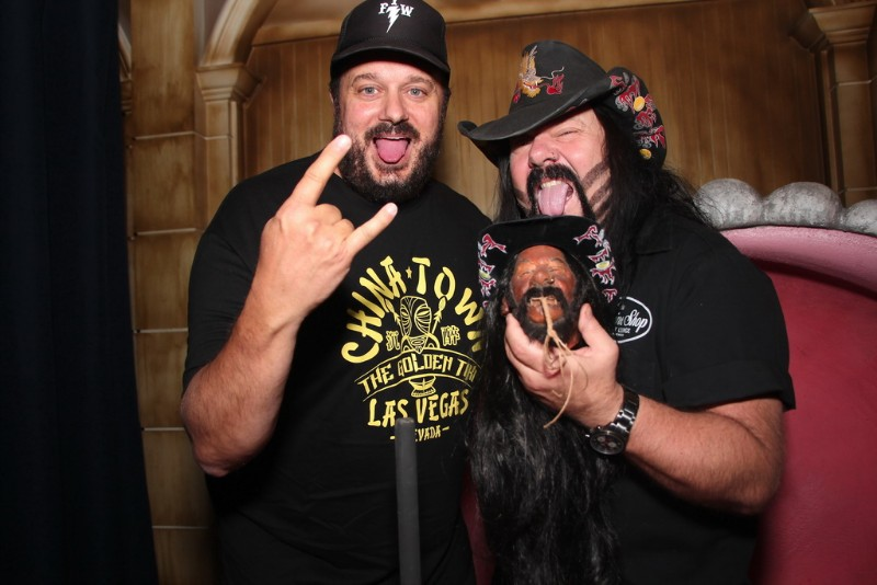 Vinnie-Paul-shrunken-head-at-The-Golden-Tiki