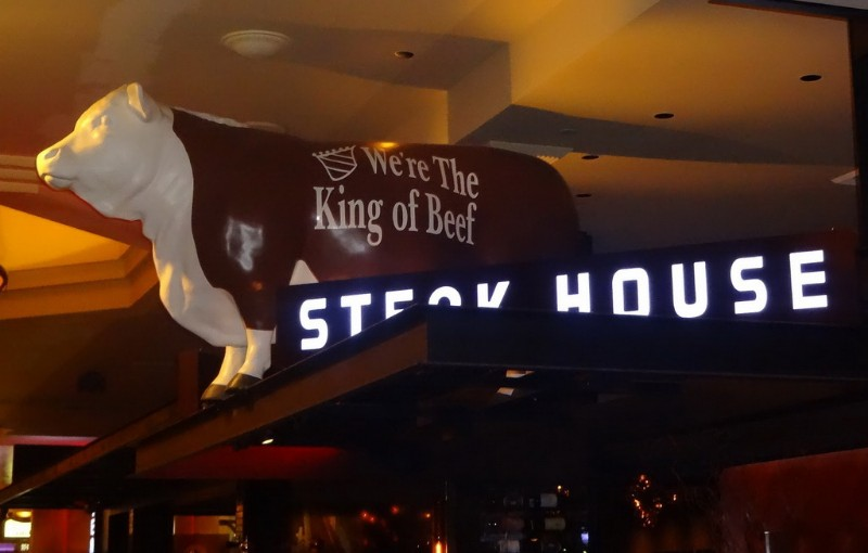 Old-Homestead-Steakhouse-2