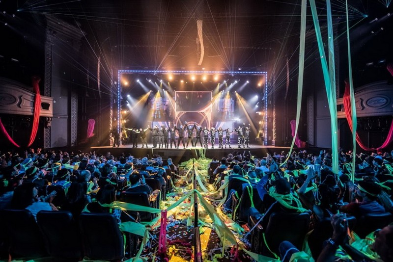 Blue-Man-Group-4