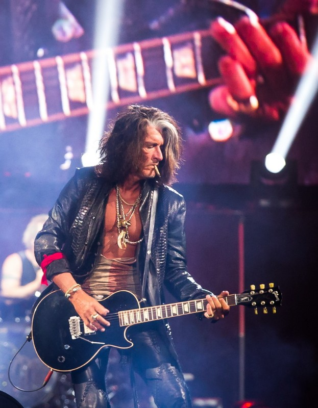 Aerosmith-performs-at-MGM-Grand-Garden-Arena-02