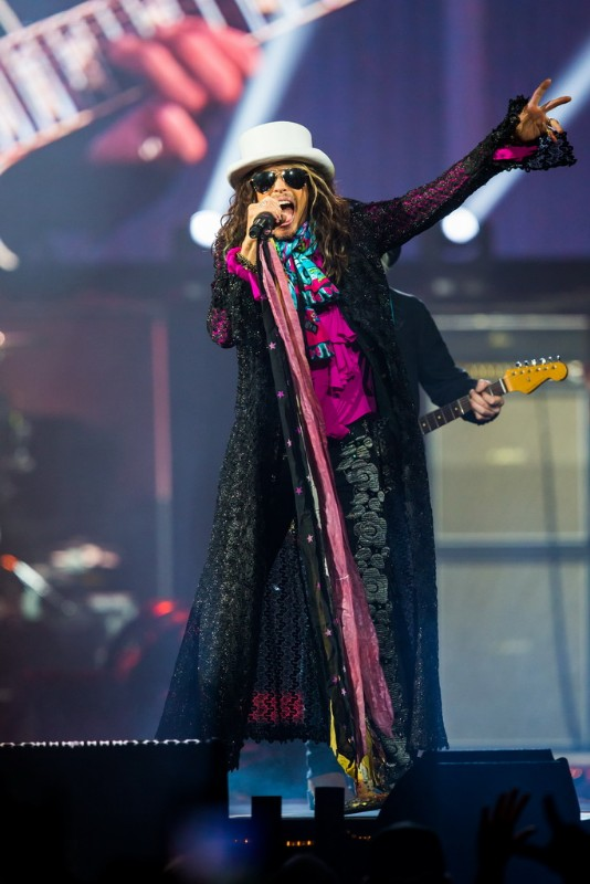 Aerosmith-performs-at-MGM-Grand-Garden-Arena-04