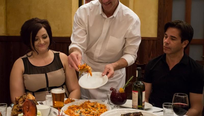 Carmines-Italian-Restaurant-6