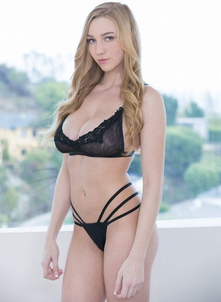 Kendra sunderland 100k twitter followers party