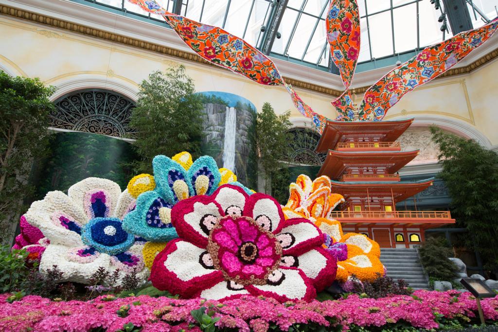 Bellagio Conservatory & Botanical Gardens - Three Story Pagoda with Flowers