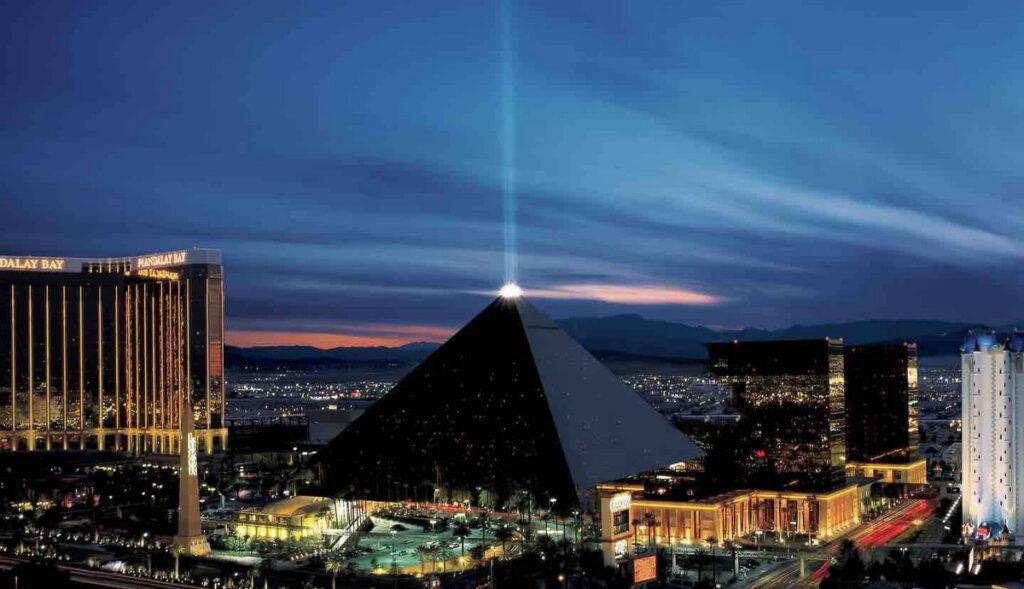 Luxor Las Vegas 1024x589