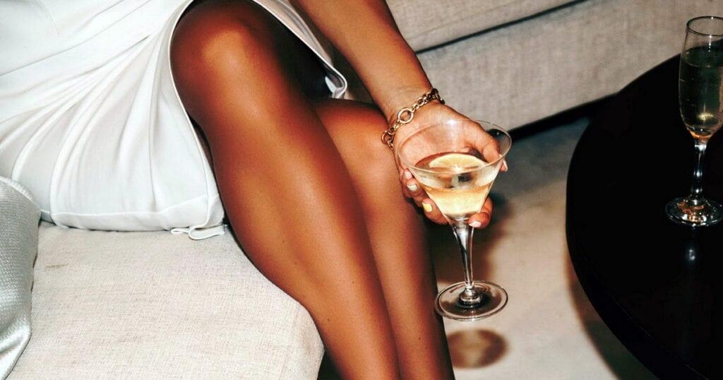 Gatsbys Cocktail Lounge 4 1024x538