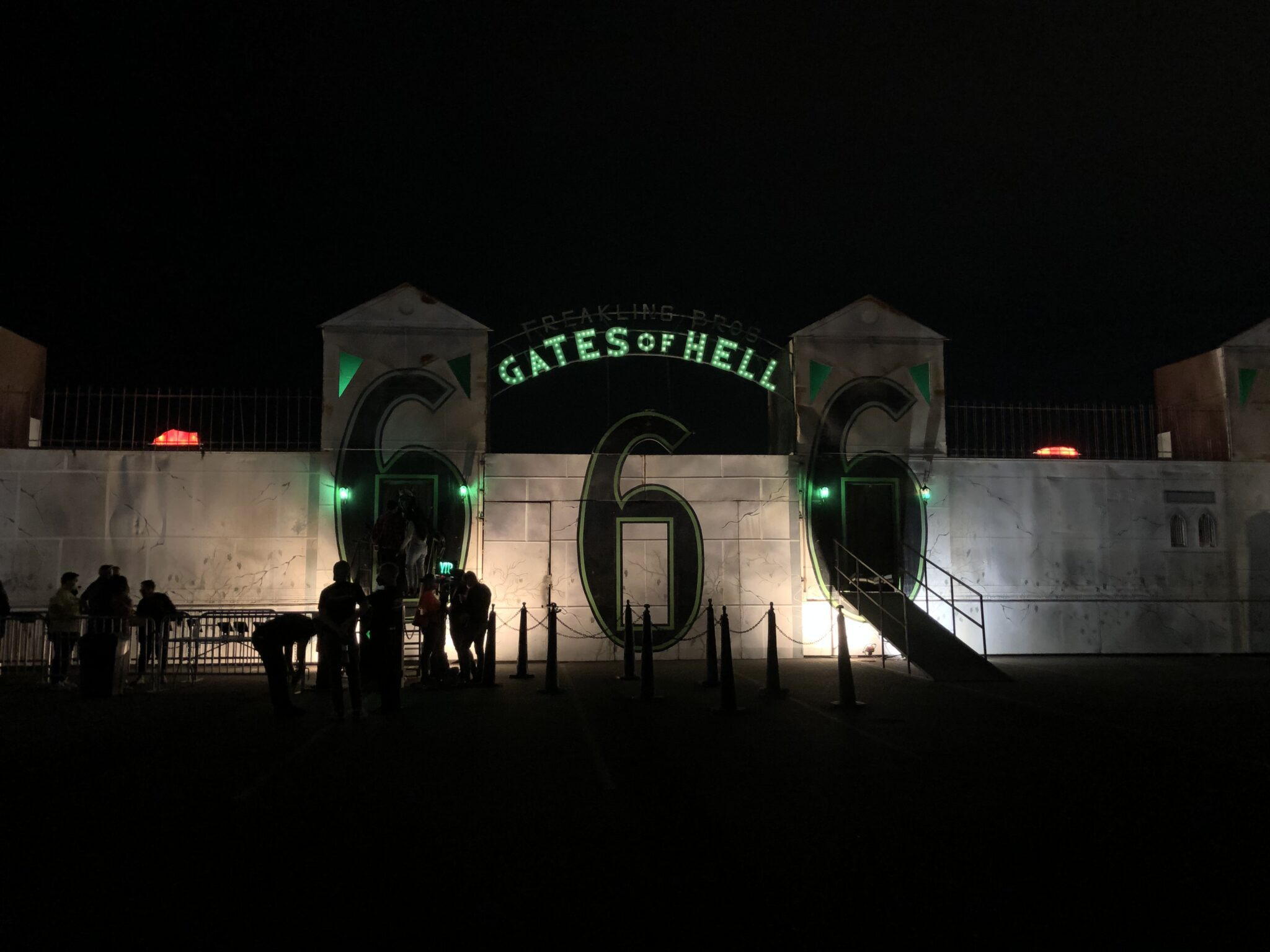 Freakling Bros. Horror Shows - Gates of Hell - Haunted Houses