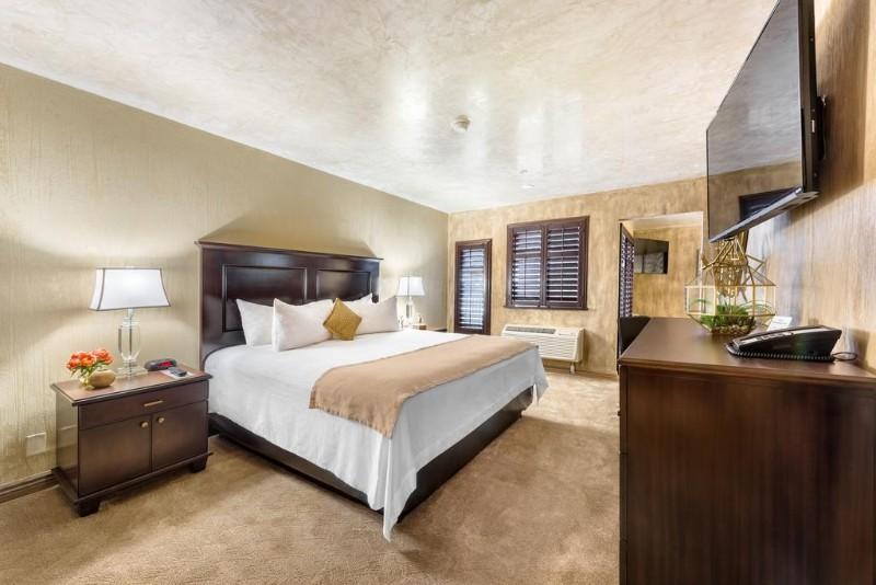 Ellis-Island-Hotel-3