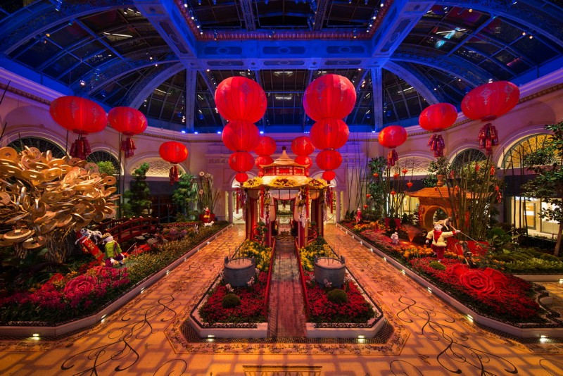 Bellagios-Conservatory-Botanical-Gardens-2018-Lunar-New-Year-Display-East-Bed