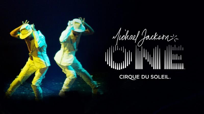 Michael-Jackson-ONE-3