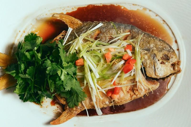 Whole-Fish-at-Bacchanal