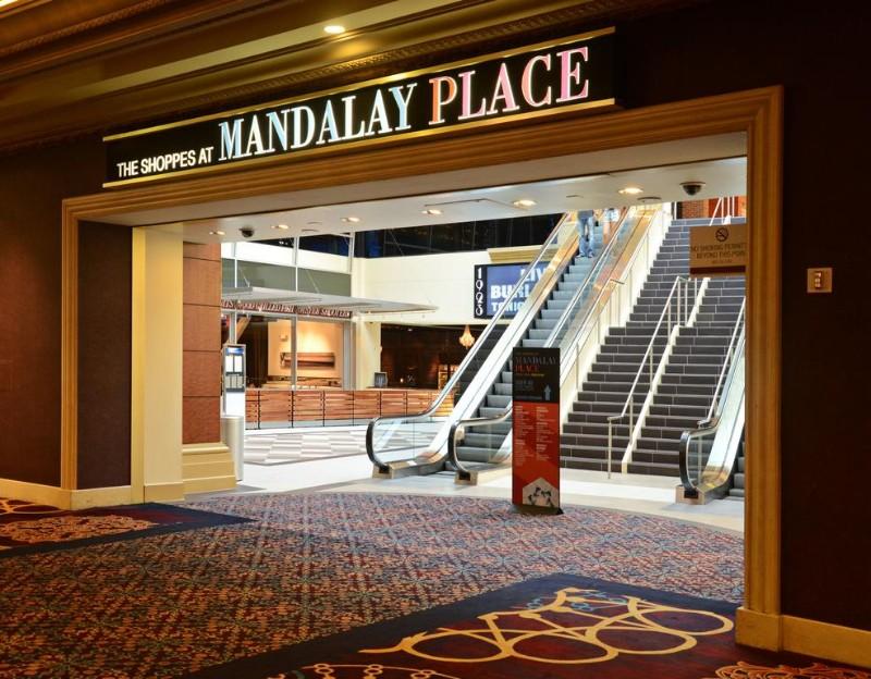 Mandalay-Bay-Resort-11
