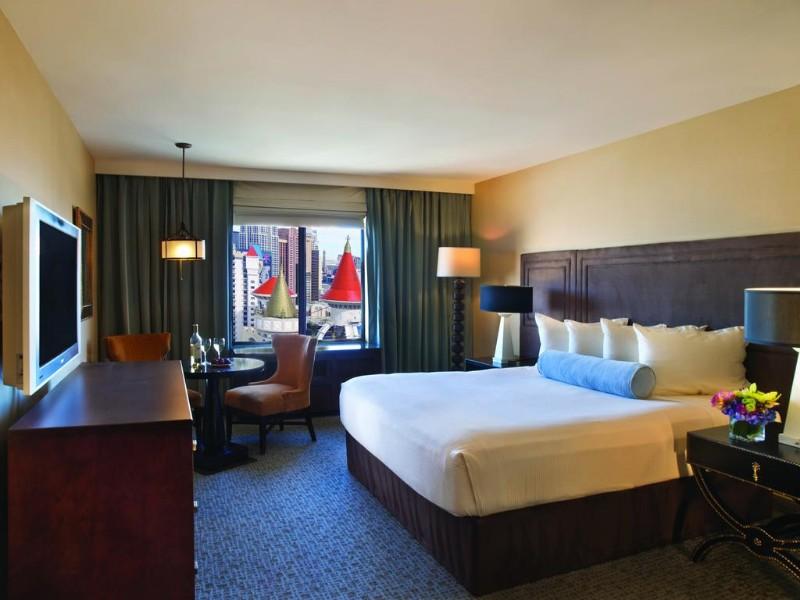 Excalibur-Hotel-Casino-4