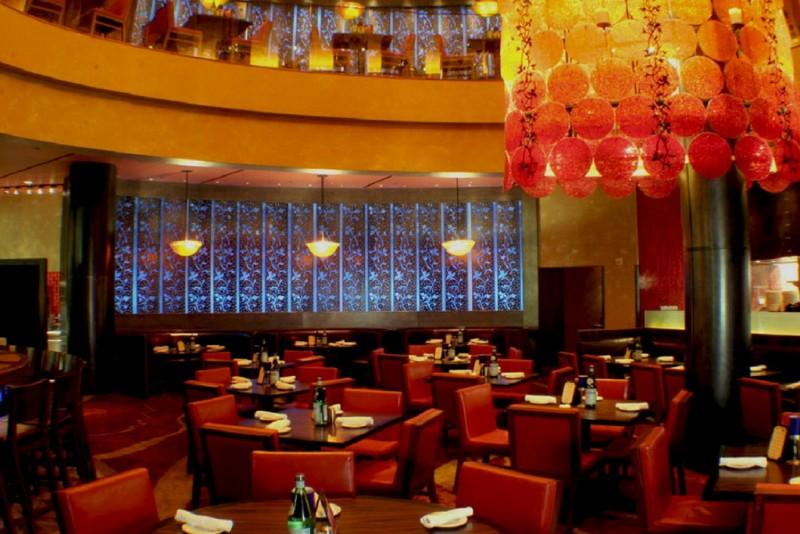 TREVI-Italian-Restaurant-Interior-Dining-Room