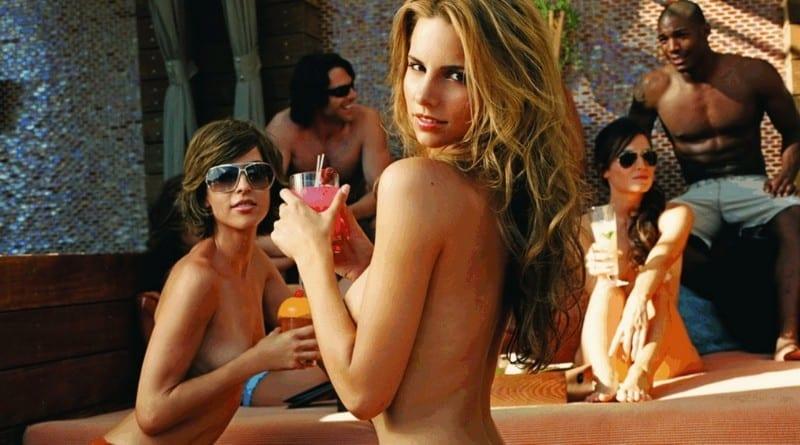 Bare-Pool-Lounge_resize