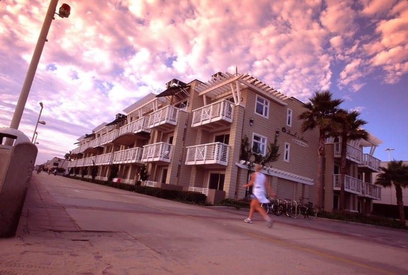 The-Beach-House-in-Hermosa-Beach-9