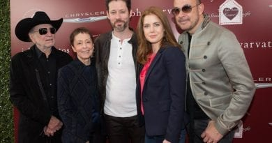 Amy Adams, Darren Le Gallo, John Varvatos, Willie Nelson, and Gail Abarbanel at John Varvatos 11th Annual Stuart House Benefit