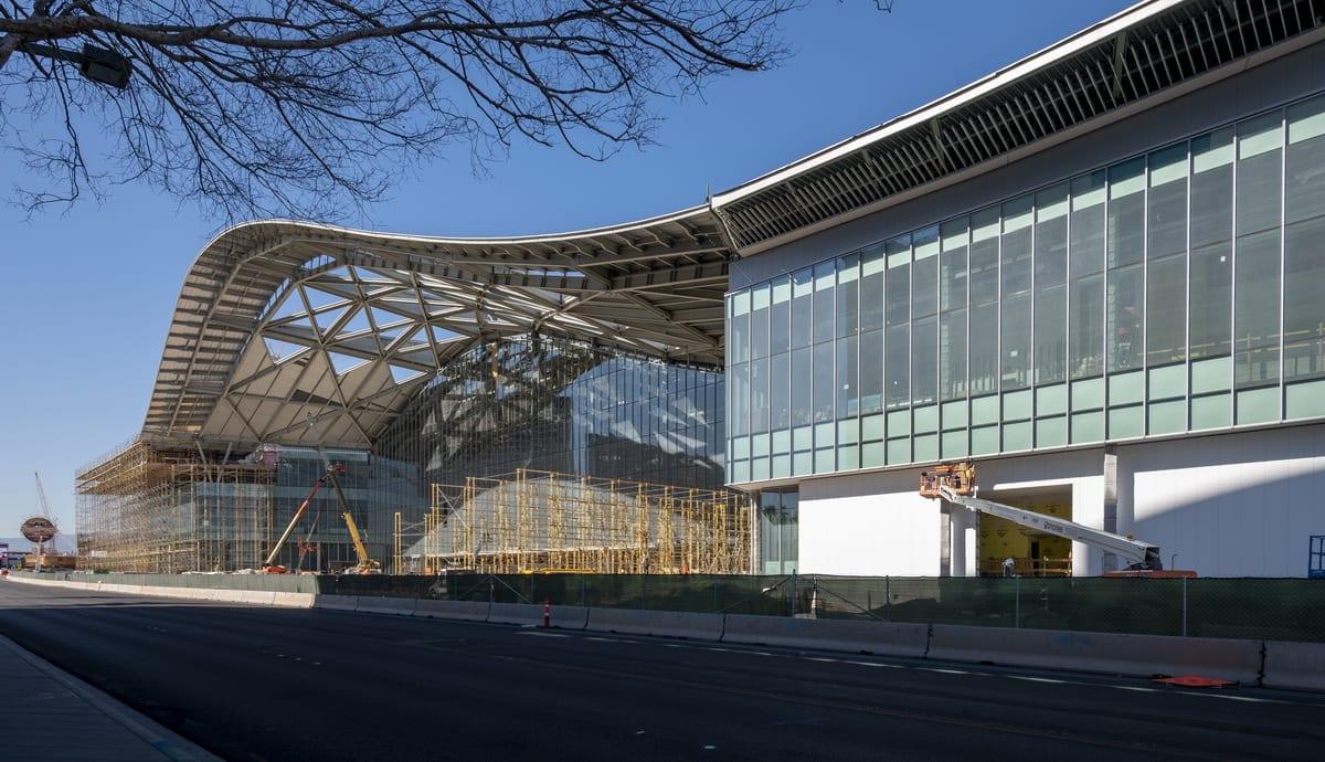 West Hall - Las Vegas Convention Center - Feature