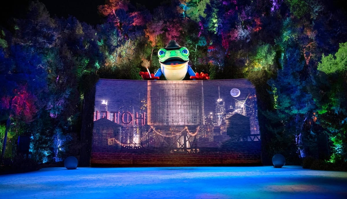 Featured - Lake of Dreams at Wynn - Singing Frog 2 - Photo Credit Eric Jamison