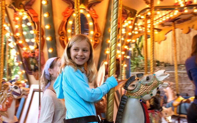 Kiddie Carousel 800x500