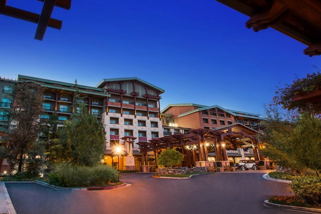 Disneyland Resort Hotels To Begin Phased Reopening