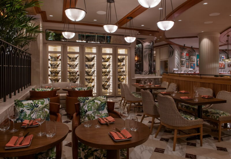 Bugsy Meyers Steakhouse 20 800x550