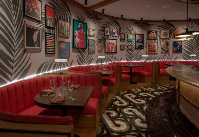 Bugsy Meyers Steakhouse 21 800x550